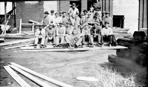 Crew of Men who helped rebuild Chicago