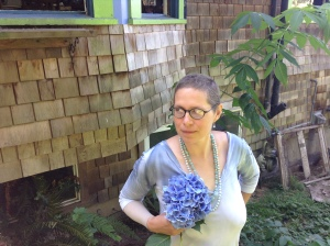 Hydrangeas are a huge favorite - Martin thought that I needed a botanical solution, and after all people are used to seeing people with corsages.