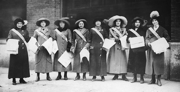 Solidarity: Garment workers in Cincinnati sold newspapers to support the International Ladies' Garment Workers' Union during its New York City shirtwaist strike of 1909 to 1910.
