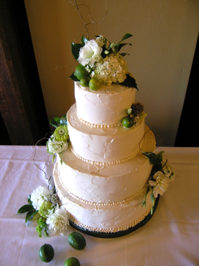 One of the 20 wedding cakes I made by pulling weekly all nighters the summer of 2009.